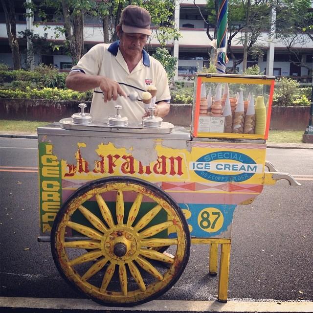 FilipinoStreetFood sorbetes