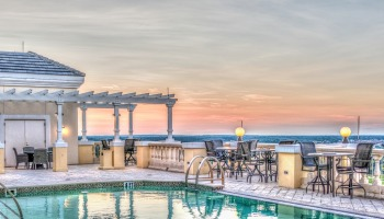 File photo: Roof top pool (Photo: Michelle Maria from Pixabay