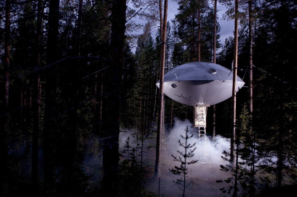 CCTravelHub - The UFO (Treehotel, Sweden)